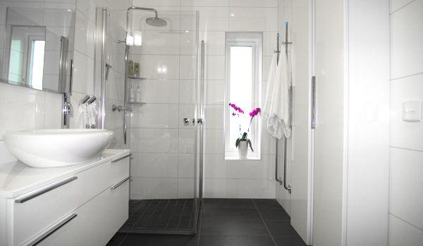 Badrum badrum litet : Litet badrum från INR | Bathroom | Pinterest | Badrum
