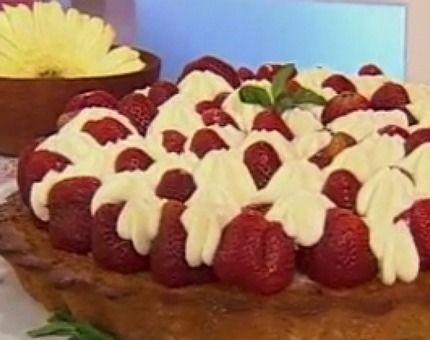 Recetas   Cocineros Argentinos - Tarta de frutillas de panadería en 5 pasos