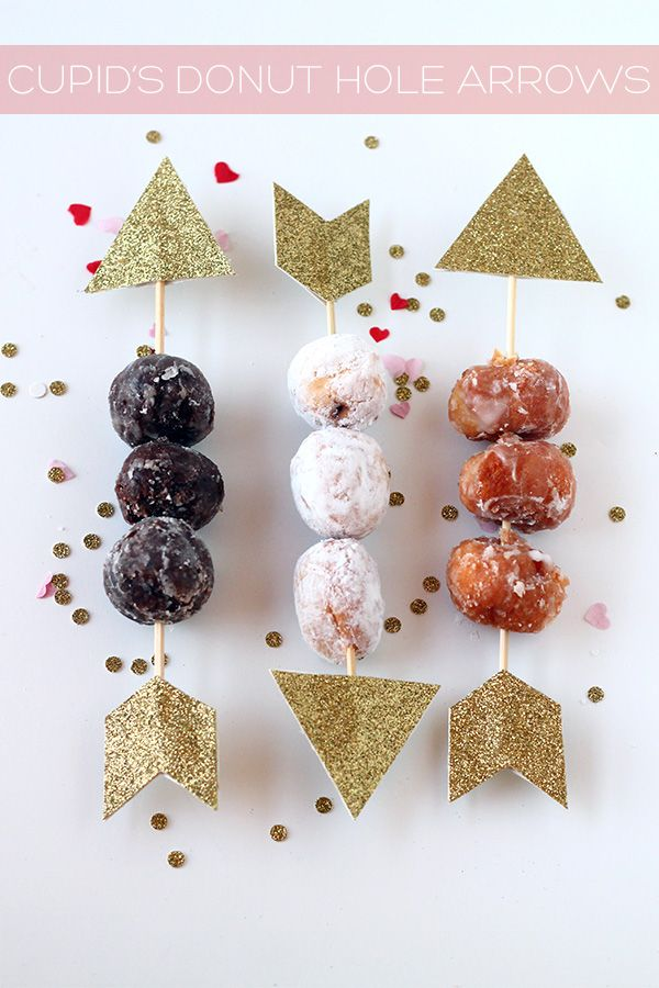 Cupid's donut hole arrows DIY from Squirrelly Minds // Perfect for a Valentine's Day party!