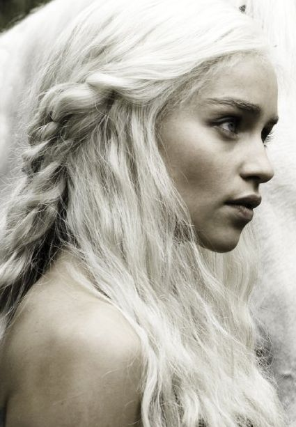 Daenerys Targaryen {Emilia clarke} Game of Thrones ~  awesome character
