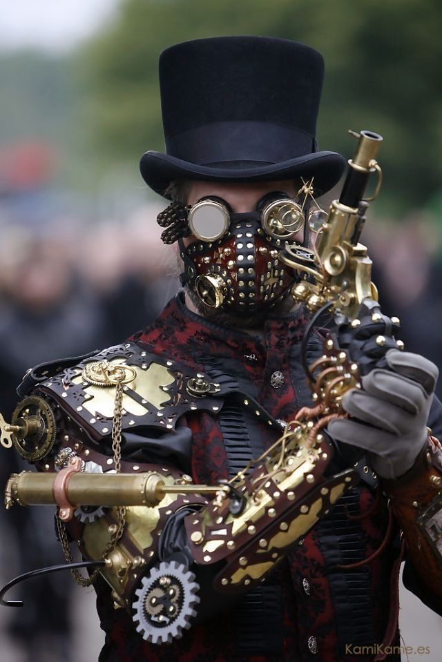Really well done steampunk outfit