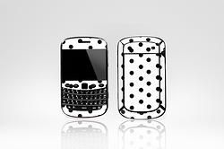 "Blackberry ""B/W Dots"" (Approx. ZAR 75.00)"
