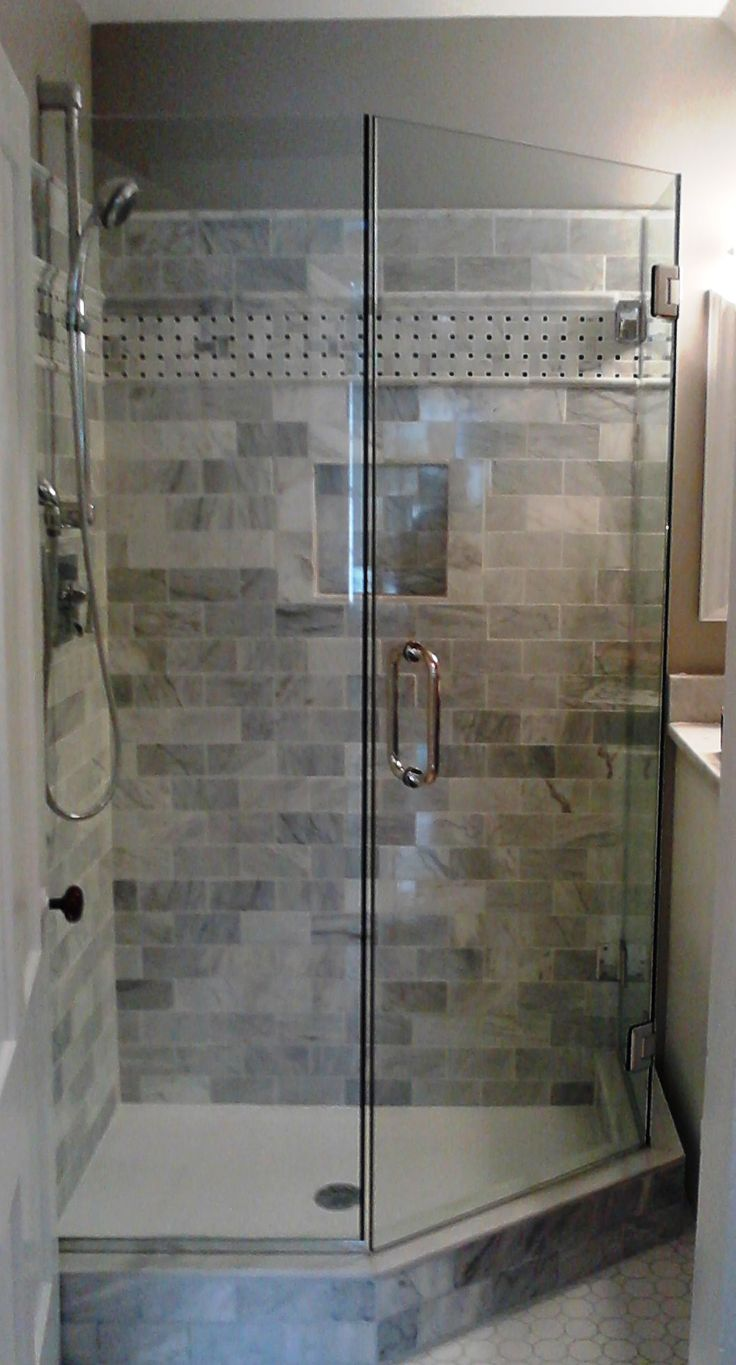 Small bathroom shower doors - Find This Pin And More On Shower Enclosure By Aliciahall0010