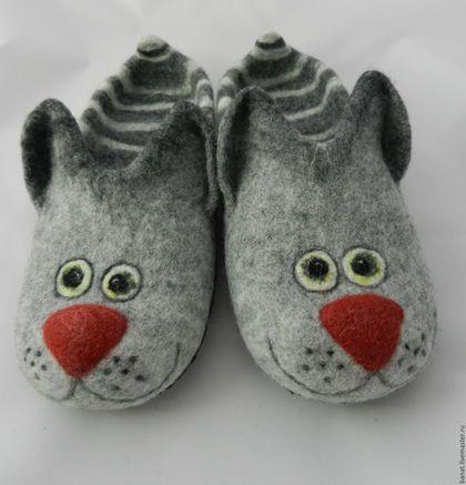 """Обувь ручной работы. Ярмарка Мастеров - ручная работа. Купить Тапки валяные домашние """"Кошки-2"""". Handmade. Разноцветный"""