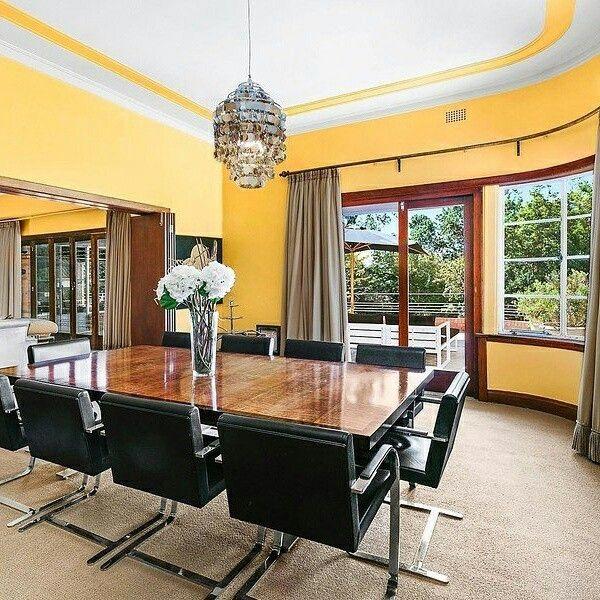 Art Deco dining, #artdeco #dining room #yellowwall