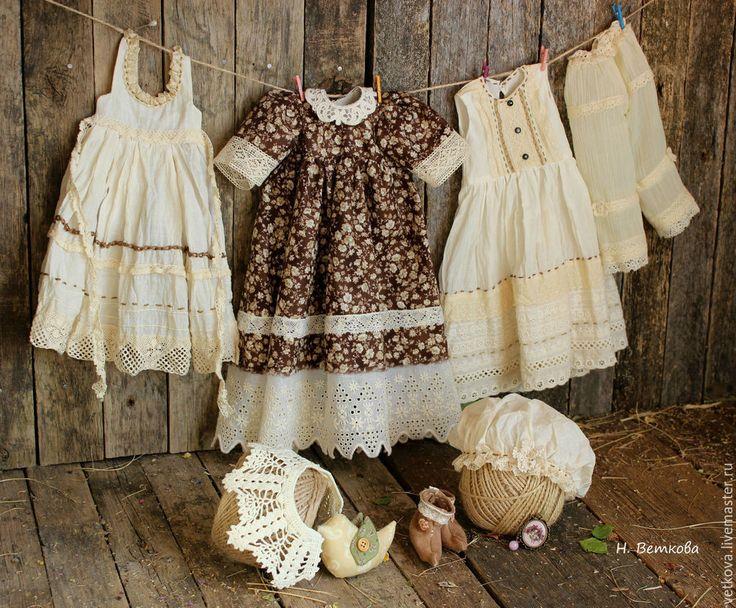 Купить Винтажный наряд для любимой куклы ручная работа старение травами - коричневый, бежевый, молочный