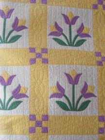 Appliqued Tulips Quilt