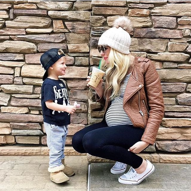 Melissa Cole / Ellabrooks blog in her BLANQI maternity support leggings #supportwear #maternitysupport