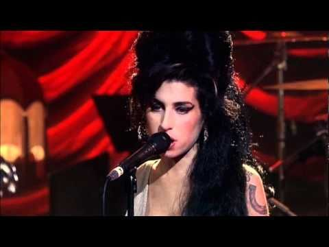 Amy Winehouse - You know I'm no good. Live in London 2007 - YouTube