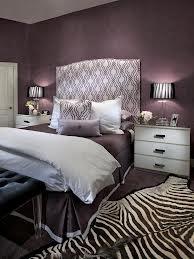 purple bedroom accents