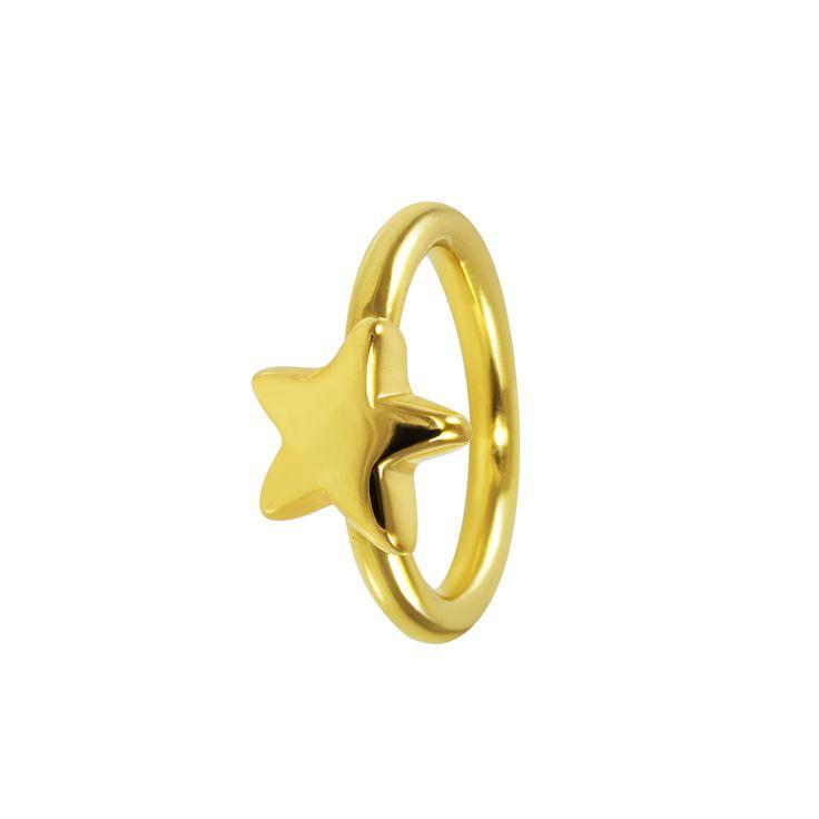 Anillo de plata chapada en oro con diseño de estrella