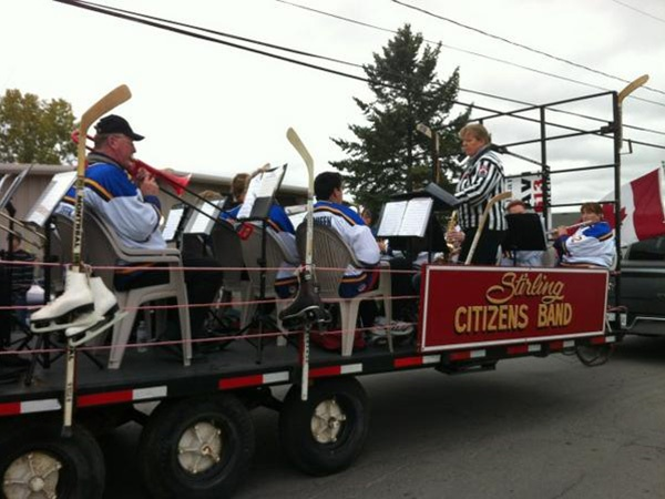 The Stirling Citizens Band is playing a rousing rendition of Katy Perry's Firework.