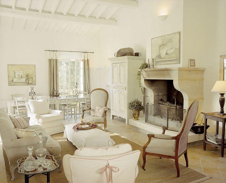 Provence style livingroom proven al pinterest for Cic salon de provence