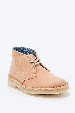 Clarks Desert Boots in Peach