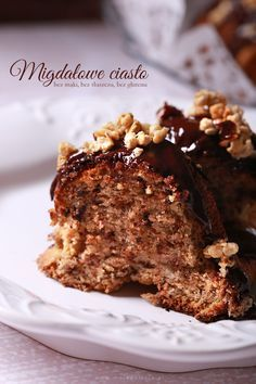 Migdałowe ciasto z czekoladą – bez mąki, bez tłuszczu, bez glutenu.