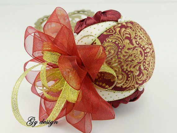 Delicate burgundy gold Christmas ornaments xmas baubles