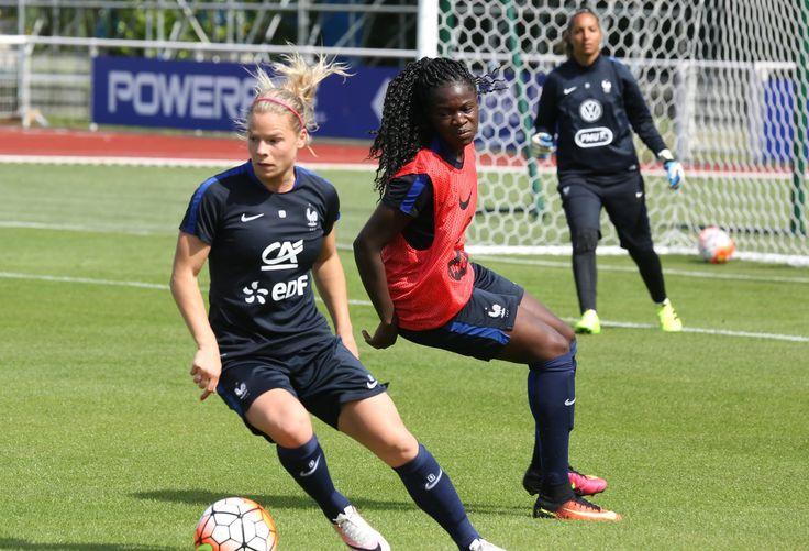 Equipe de France Féminine : vitesse et jeu à Clairefontaine !