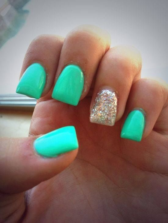 Mint and silver nails