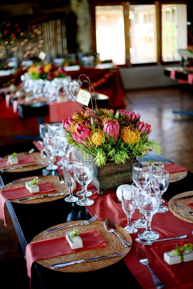 Table setting, Garden Route - BelAfrique - Your Personal Travel Planner - www.belafrique.co.za