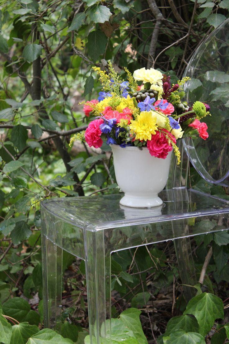Summer inspired flower arrangement #makeitamomenttoremember