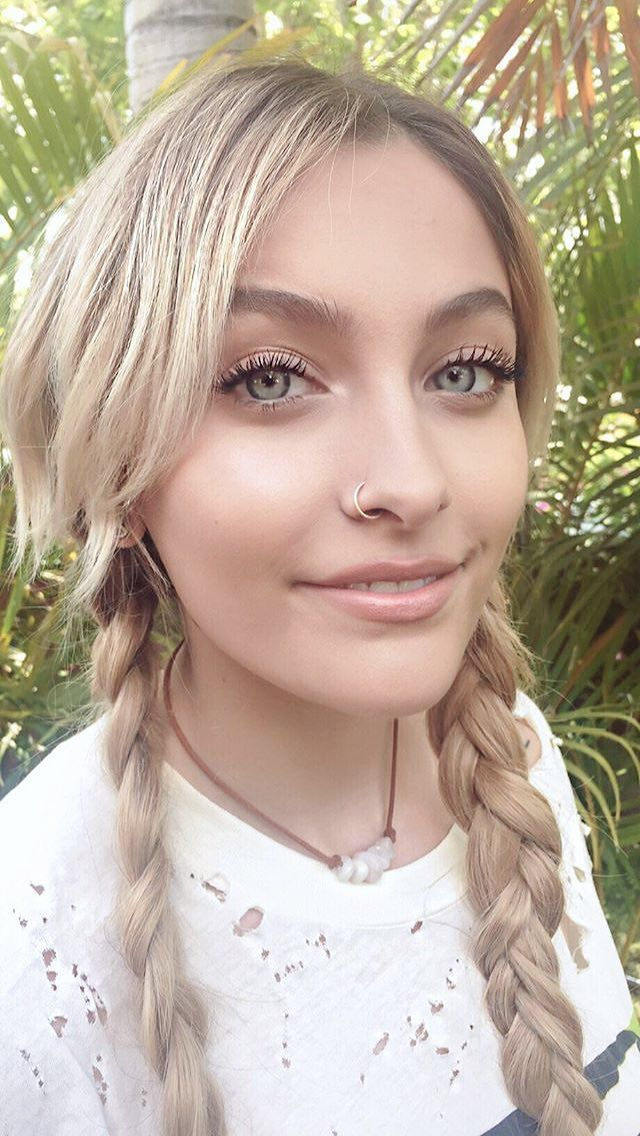 Paris Jackson at the 2017 MTV Awards