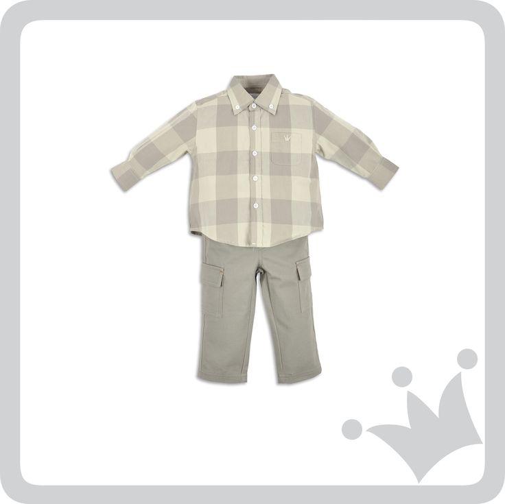 Para los niños camisas en maxi cuadros complementadas con pantalones en tonos gris y verde #epkmegusta #lamontagne