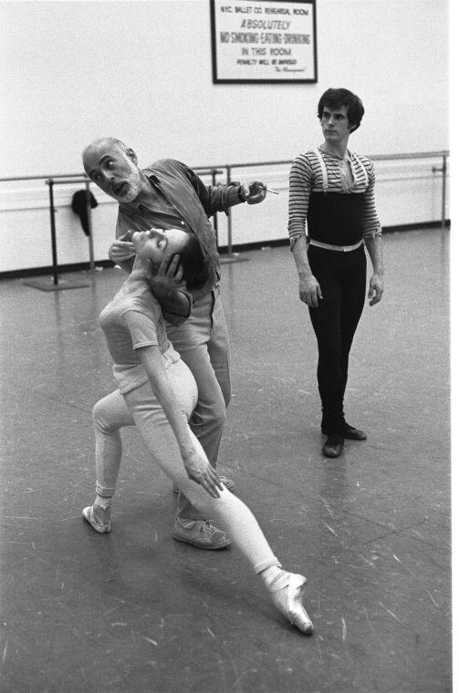 "New York City Ballet rehearsal for ""The Goldberg Variations"" with Jerome Robbins and Patricia McBride, Helgi Thomason, choreography by Jerome Robbins (New York) IMAGE ID: SWOPE_1211607"