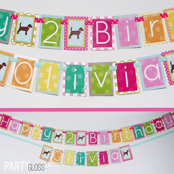 Chica morena cachorro cumpleaños fiesta Bandera armada Diva