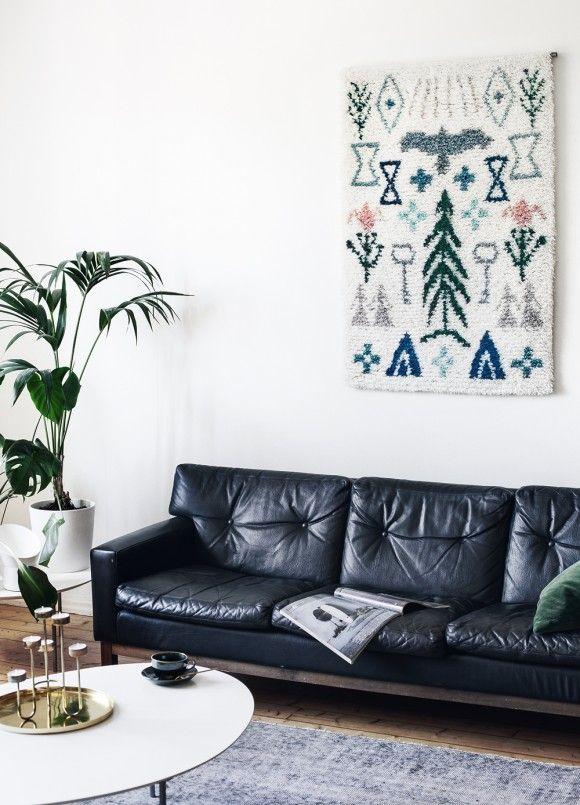 We were honoured to design a Elonkierto wall rug for legendary 136-year old Suomen Käsityön Ystävät (The Friends of Finnish Handicraft). [ Photography: Suvi Kesäläinen ► suvikesalainen.com | Location: Sanni and Joona's home, Turku, Finland ]