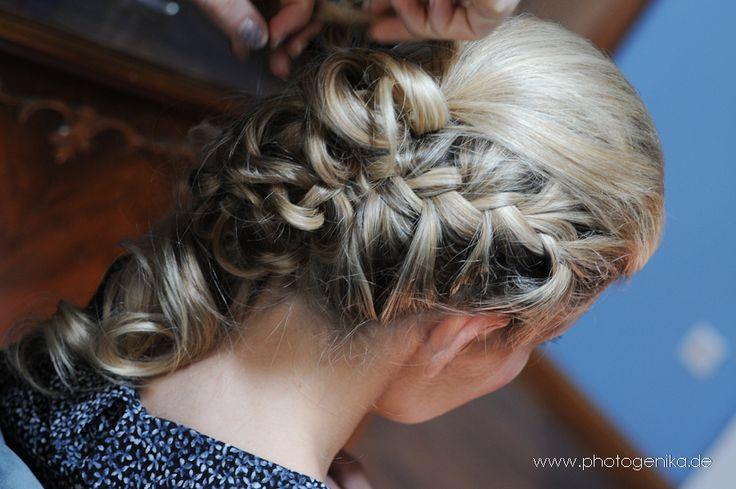 11 best brautfrisuren images on pinterest braid curls and the bride. Black Bedroom Furniture Sets. Home Design Ideas