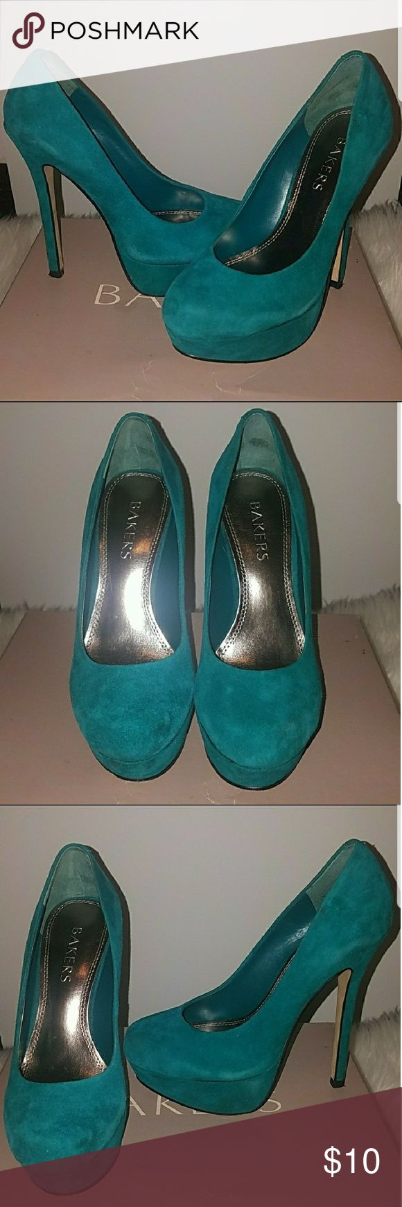 Bakers Melina pumps Suede green pumps. Signs of wear visible in first photo. Possibly removable with shoe cleaner. Shoes Heels
