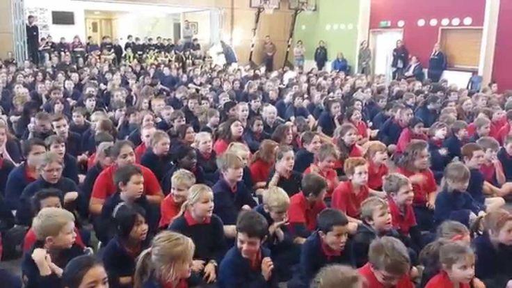 Dunedin Schools - Musselburgh and Tahuna Normal Intermediate singing 'Islands'