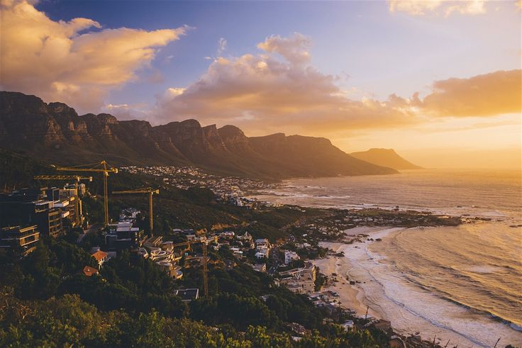 A coming-together of cultures, cuisines and landscapes, there's nowhere quite like Cape Town, a singularly beautiful city crowned by the...