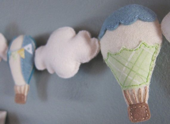 hot-air ballon, maybe for a baby shower