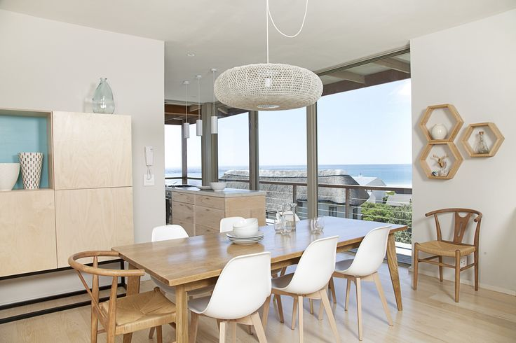 Modern finishes with whites, greys and taupes... and the view!