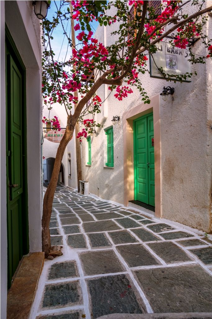 GREECE CHANNEL | #Cycladic architecture! Beautiful Ios island! #greece #travel #cruise #louiscruises