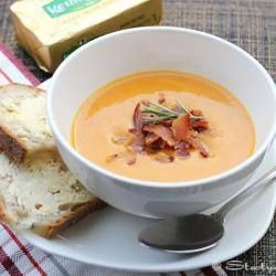 ✻ ✻ Spicy butternut squash soup with bacon ✻ ✻ Recipe: http://allrecipes.co.uk/recipe/30716/spicy-butternut-squash-soup-with-bacon.aspx?o_ln=RD_MC_Photo:+4_SimilarRecipes&o_is=RD_More+Choices