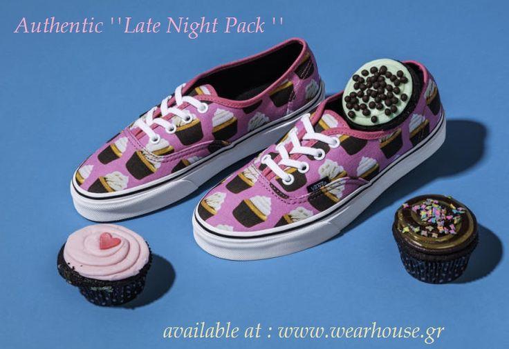 Η Vans αποτυπώνει πάνω στο διαχρονικό της Authentic τα πιο αγαπημένα μας γλυκίσματα... Σε ροζ καμβά και με τυχαία τοποθετημένη γραφική εκτύπωση απεικονίζονται μικρά cupcakes... Ας τα δοκιμάσουμε λοιπόν... > Shop_now / http://wearhouse.gr/female/shoes-1/sneakers-female-shoes… > Call_us_at / +302651023925 > Visit_us / Charilaou Trikoupi 6 Ioannina > Read_us / http://wearhouse.gr/blog > Insta_us / https://www.instagram.com/wearhousegr/