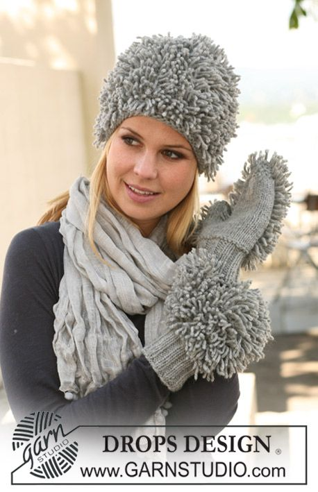 """Set comprises: Knitted DROPS hat and mittens in loop knitting in """"Nepal"""". ~ DROPS Design"""