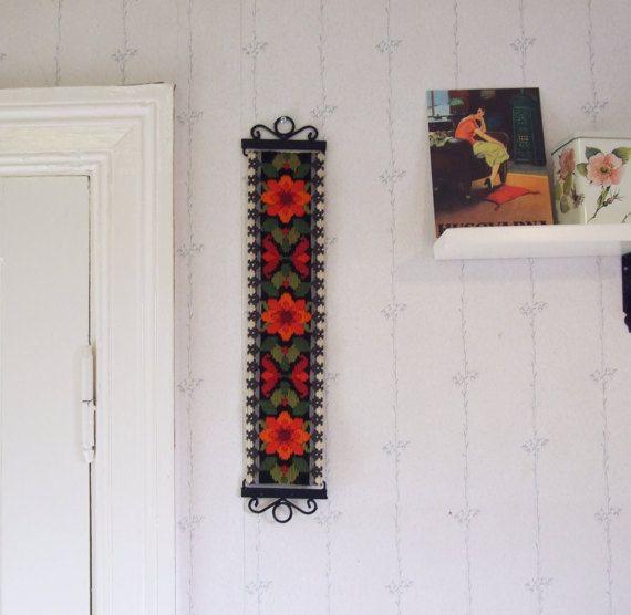 Precioso tapiz sueco vintage hecho a mano // Folk por tiendanordica
