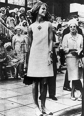 Game Changers!  Jean Shrimpton 1965 Melbourne Cup