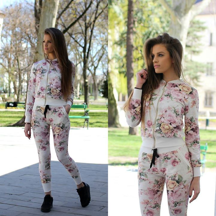 Sporty Chic Floral set....at www.famevogue.ro..:)  #shopping #sport #casual #style #fashion