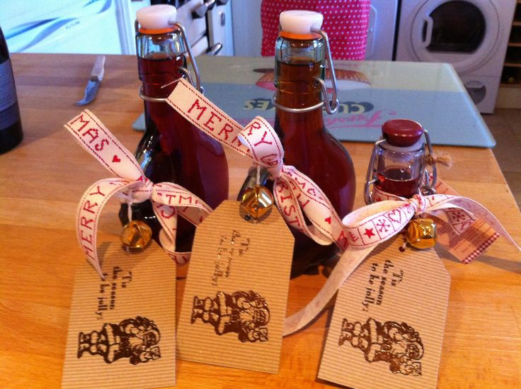 Marks And Spencer Wedding Gifts: Homemade Sloe Gin, Sloe Vodka And Sloe Whiskey. Labels