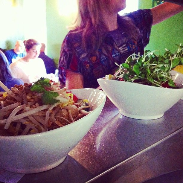 It's a rice bowl kind of day! Choose between baby size and regular for most bowls.