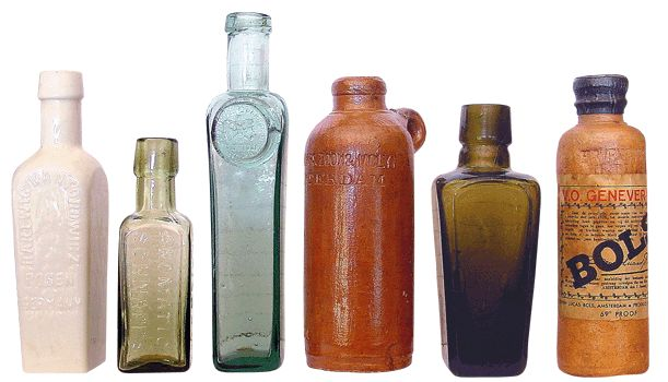 Antique Bottles - Miniatures A group including two classical items, Zara sealed liqueur and Kantorowicz aromatic bitters.