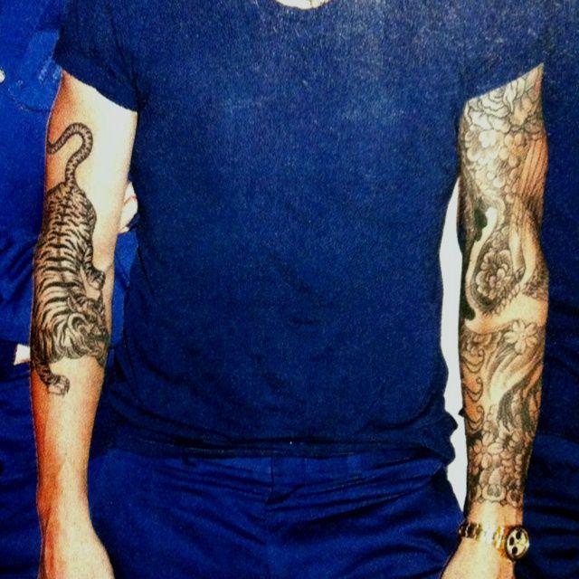 40 best adam levine tiger tattoo drawing images on for Adam levine tiger tattoo