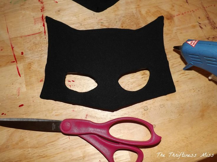 The 25 best batman mask ideas on pinterest batman party costume the thriftiness miss diy batman wear cape and mask for kids solutioingenieria Choice Image