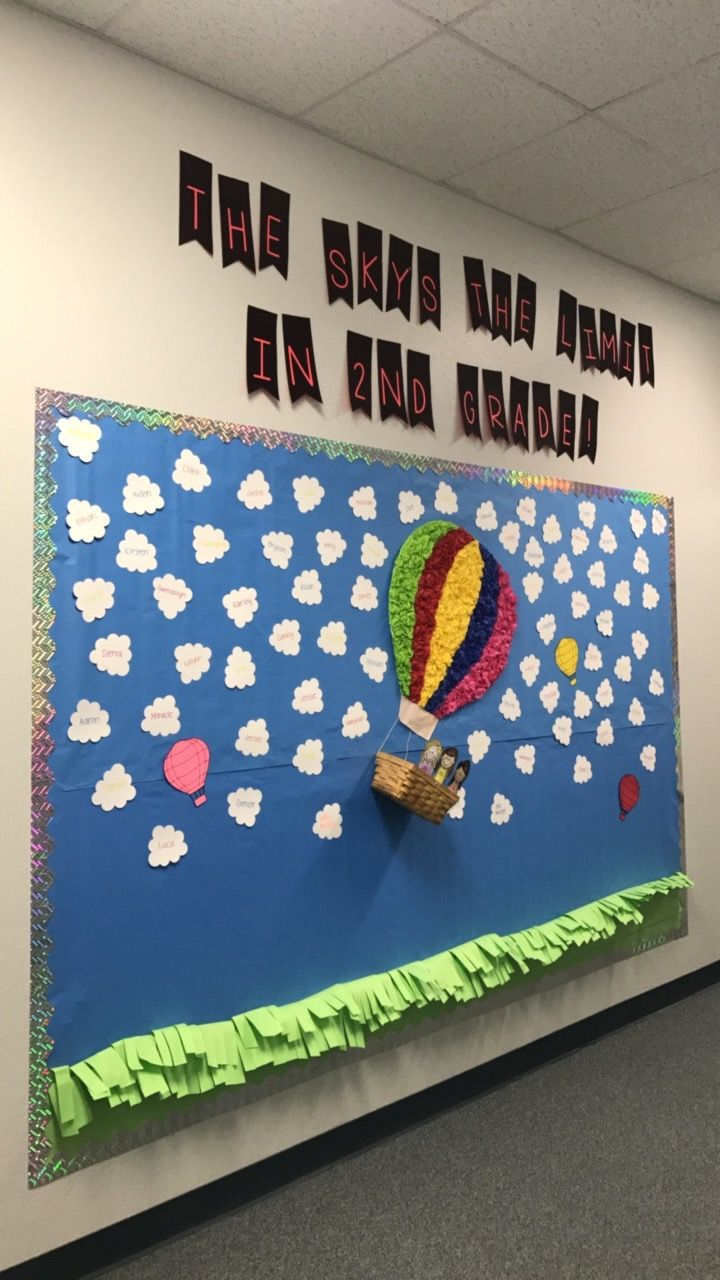 3d Hot Air Balloon With Students Names On The Clouds Back To School Bulletin Boards Easy