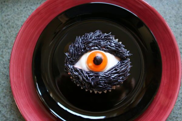 Tuesdays Thursdays Halloween With Dorie - Chocolate Chocolate Eyeball Cupcakes - The Barefoot Kitchen Witch