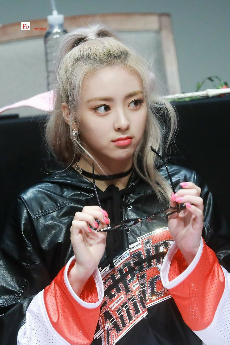 Yuna Shin Yuna Itzy Itzy Kpop Hair Girl Group